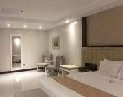 majestic suite (main bedroom)